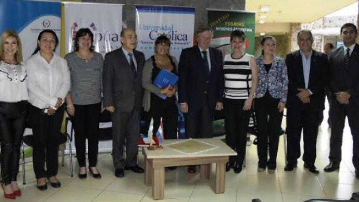Acuerdan organizar diplomado de Responsabilidad Social en el turismo