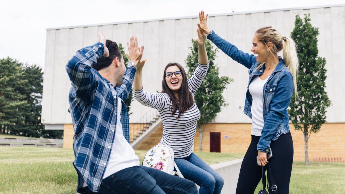 Beneficios y promociones para estudiantes del Campus Asunción
