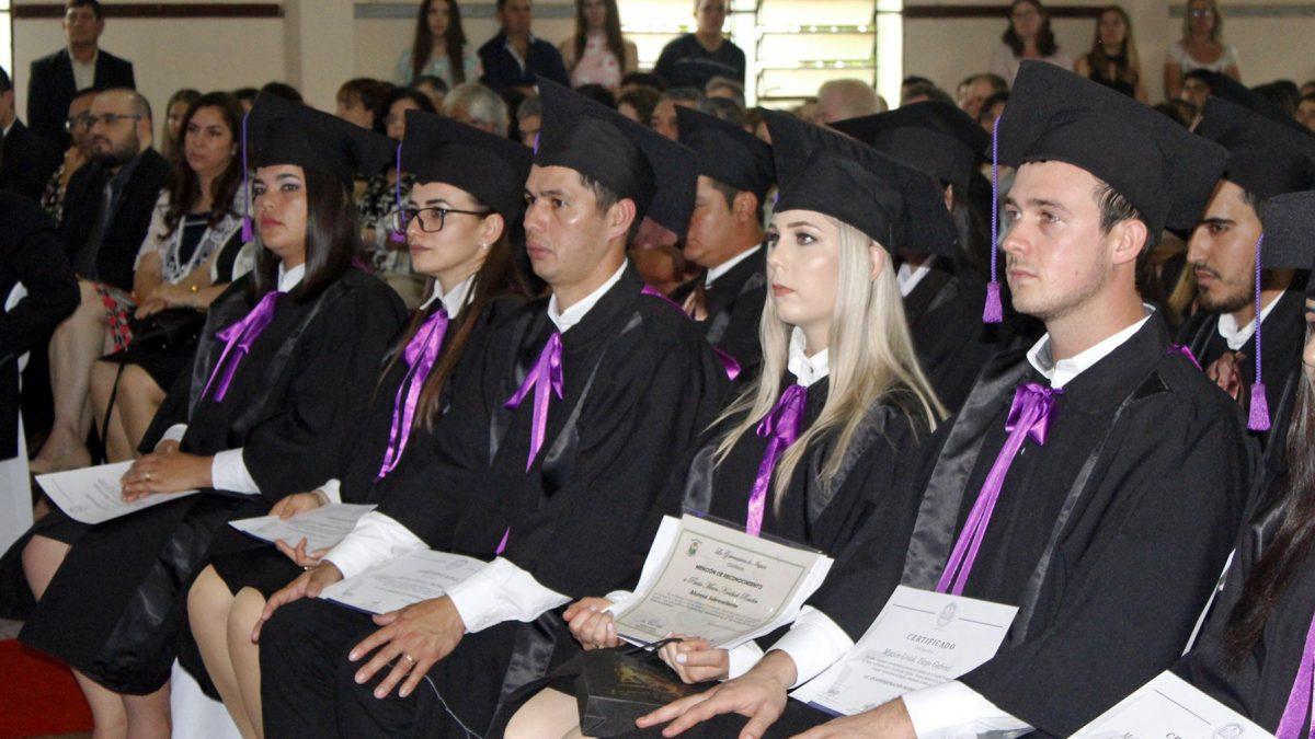 Egresaron nuevos profesionales de la Unidad Pedagógica María Auxiliadora