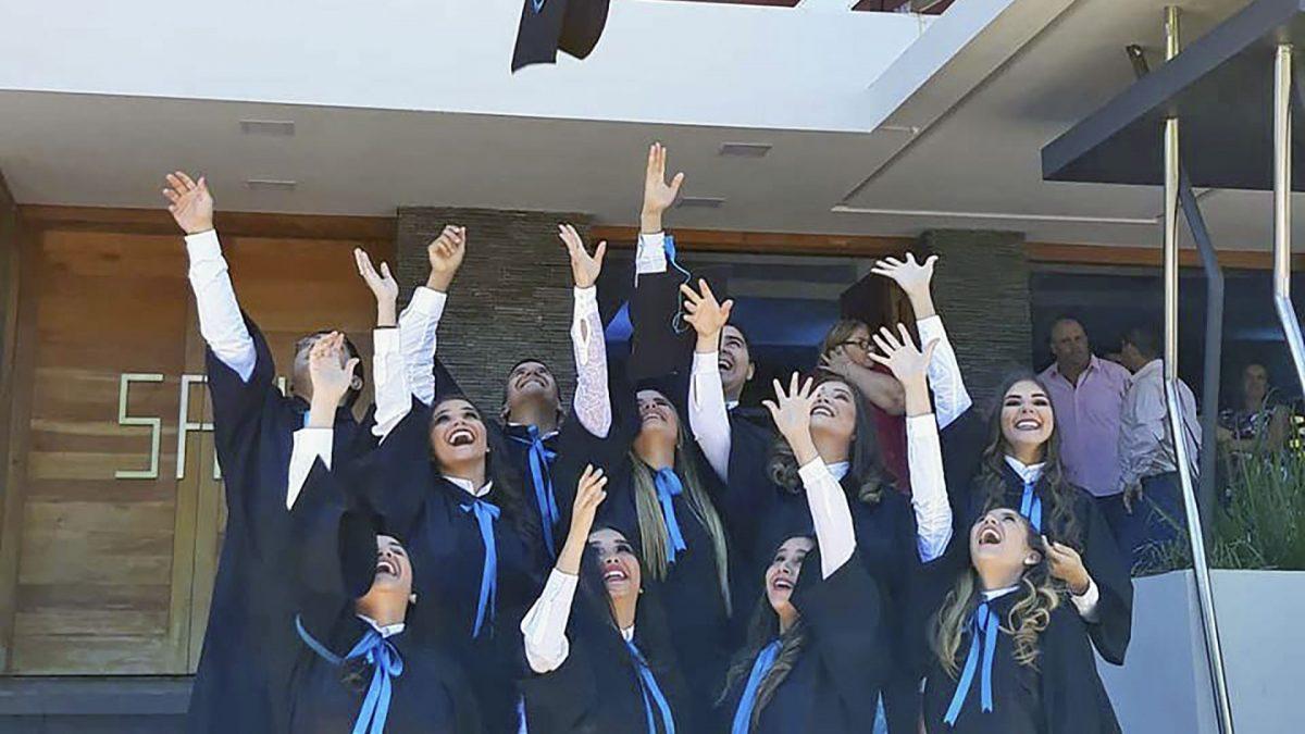 Campus Itapúa celebra a sus nuevos egresados
