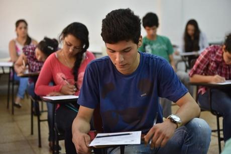 Como postular a las Becas ITAIPU para cursar en la UC
