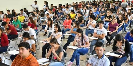 Becados de Itaipú prefieren a la Universidad Católica