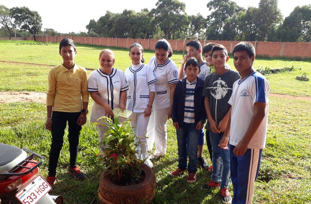 Estudiantes de Enfermería de PJC capacitan a jóvenes para combatir al Dengue