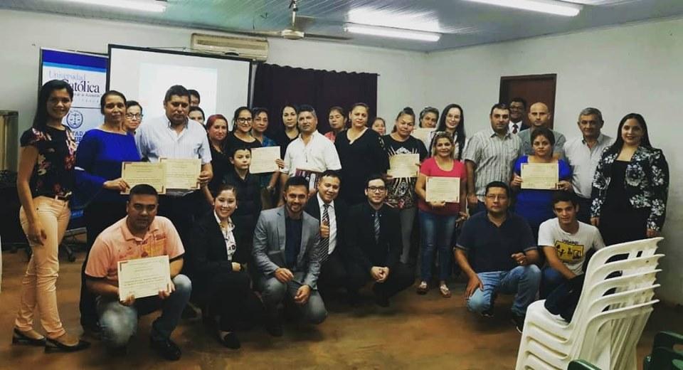 Estudiantes de Derecho de Itapúa capacitan a comisiones vecinales