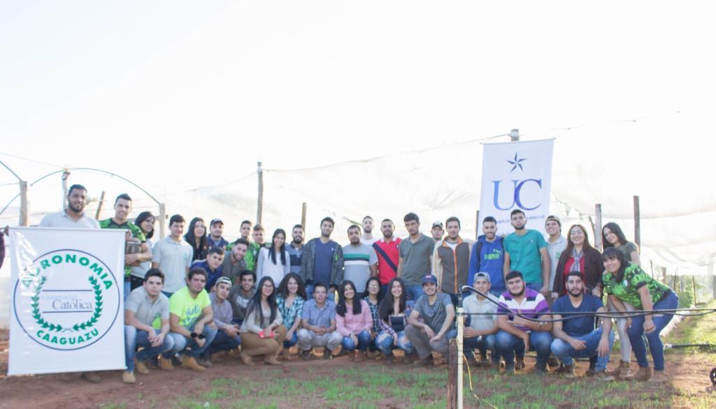 Estudiantes de agronomía presentan trabajos de Sistemas de Riego y Drenaje