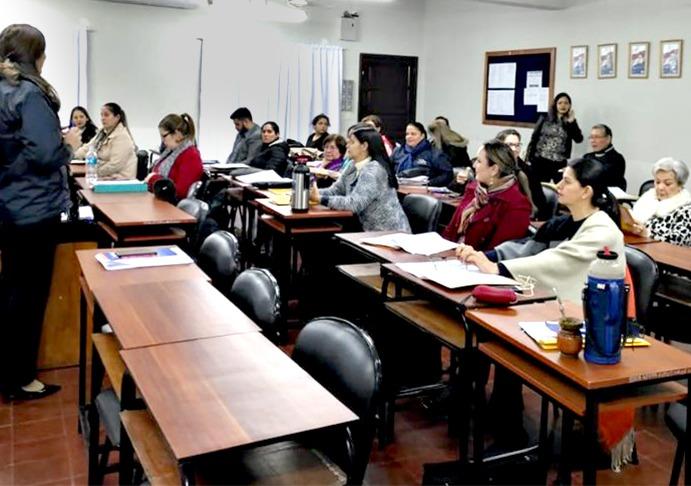Claustro docente en Filosofía Campus Itapúa