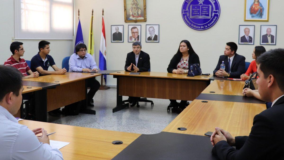 Asamblea de elección de representante estudiantil de la UC