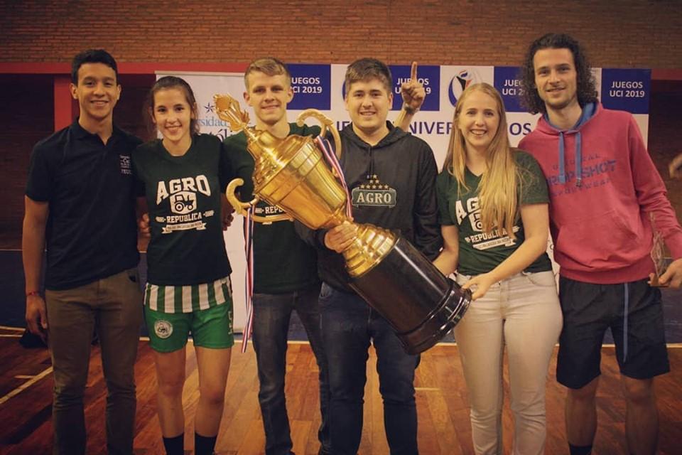 Unidad Pedagógica Hohenau Campeón de los Juegos UC Itapúa 2019