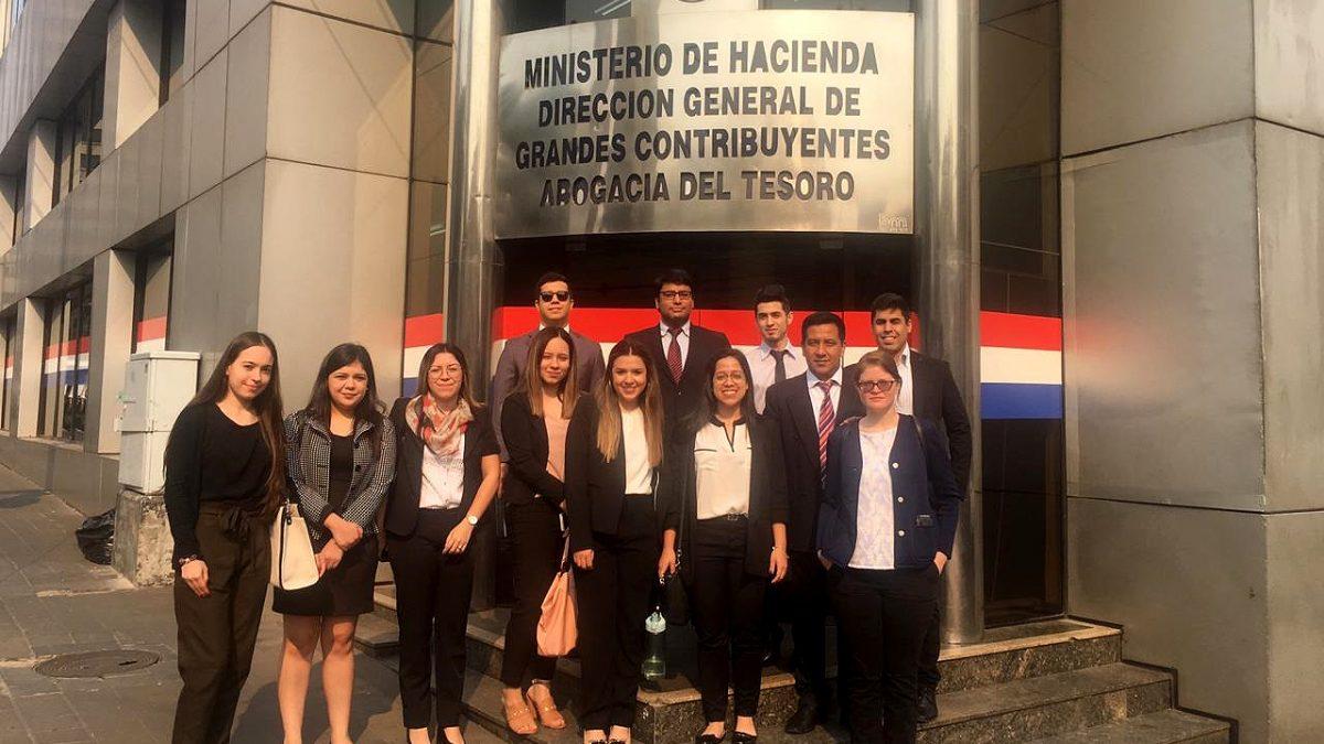 Estudiantes de Derecho realizan prácticas en la Abogacía del Tesoro