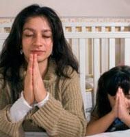 Cómo enseñar a rezar a los hijos