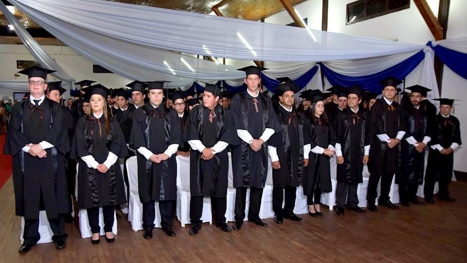Ceremonia de Graduación de la Unidad Pedagógica Hohenau