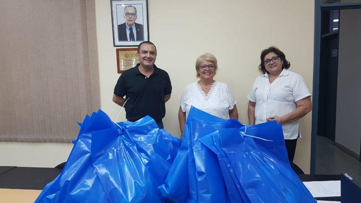 Hospital Universitario Universidad Católica recibe donación de equipos de protección para personal médico