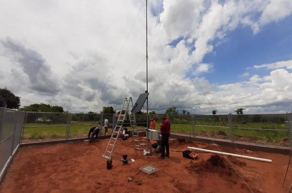 Universidad Católica colabora en la instalación de nueva estación meteorológica