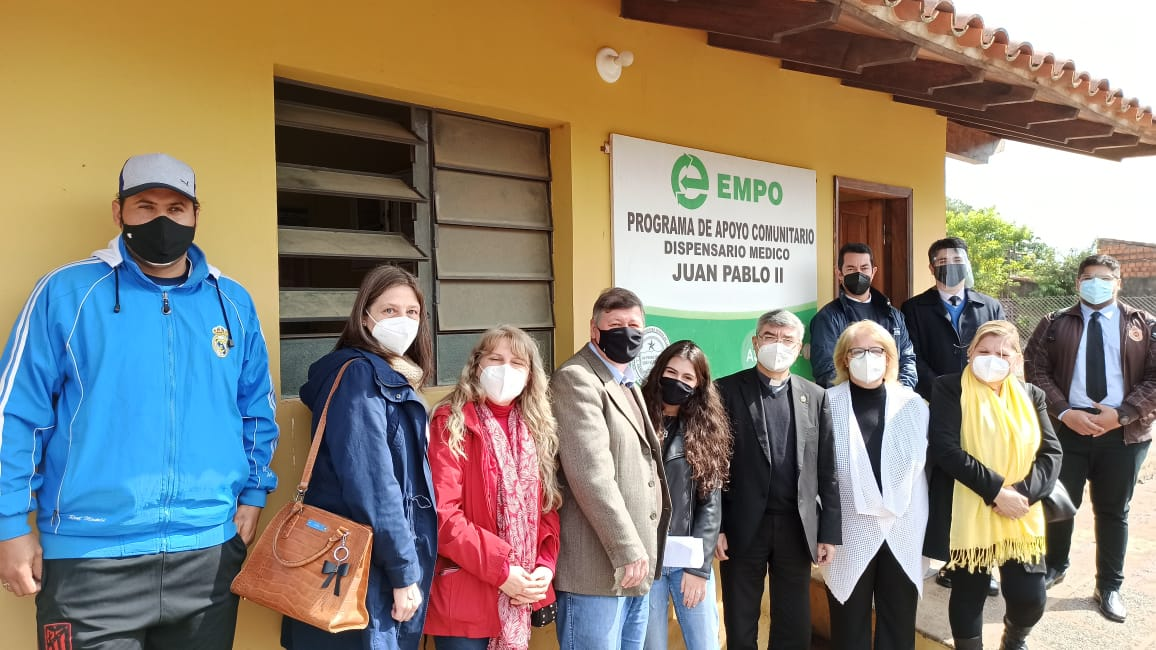 Donación y entrega del dispensario médico «Juan Pablo II» a la UC