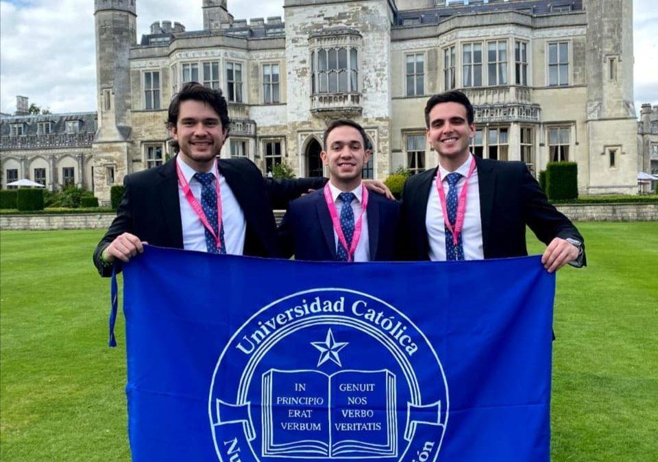 Estudiantes de la UC están participando de Hult Prize en Londres